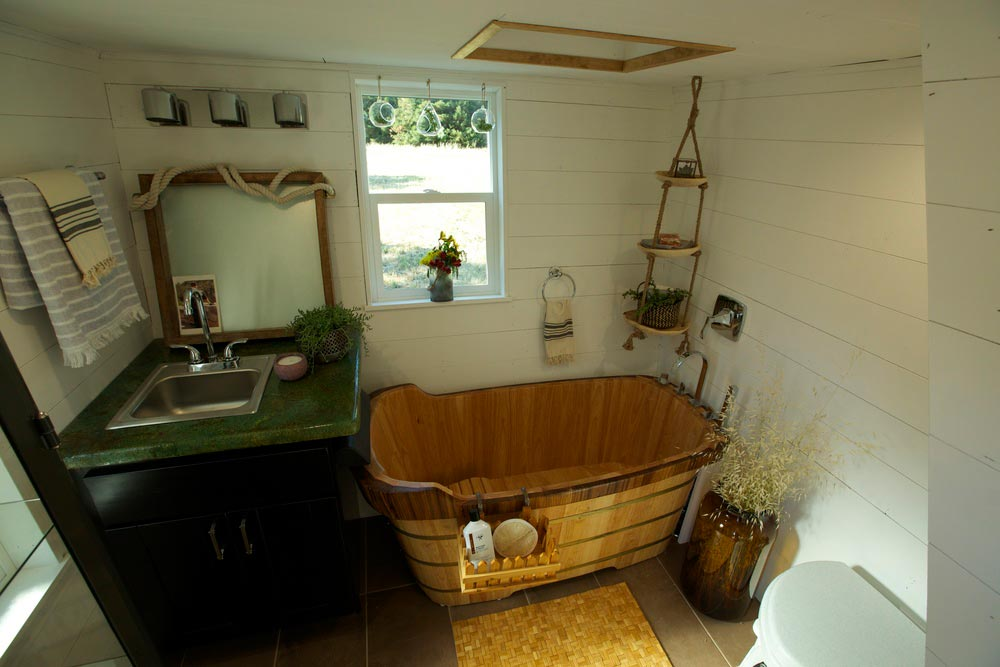 Bathroom - Schooner by VIVA Collectiv