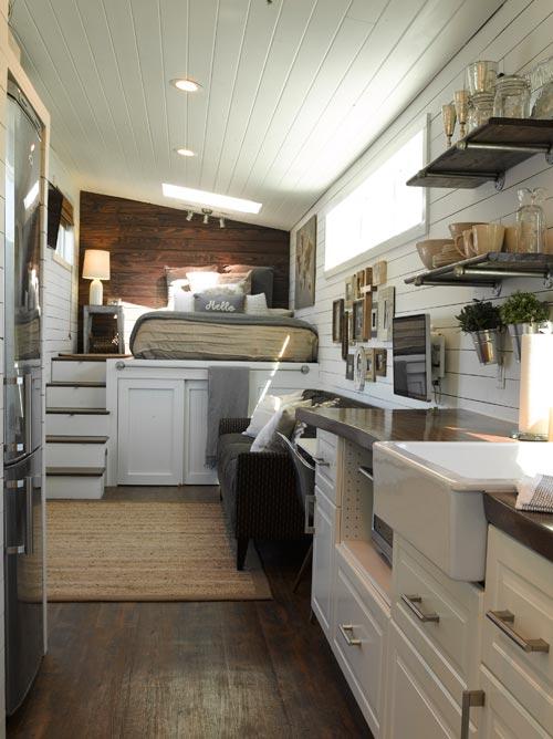 Kitchen & Bedroom - Wandering on Wheels
