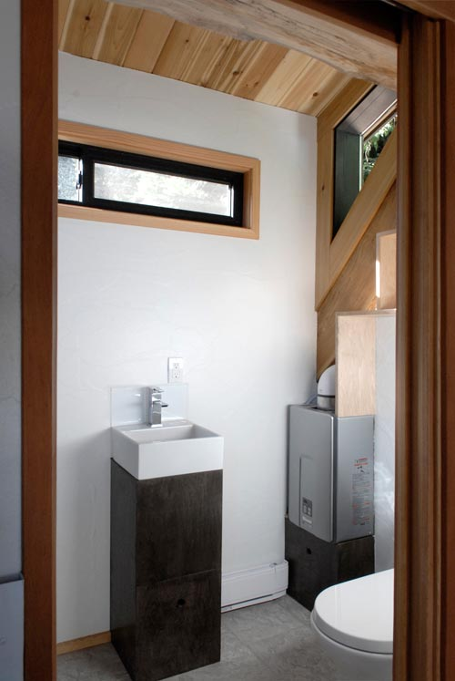 Bathroom - Curved 260 Micro Home by Structural Spaces