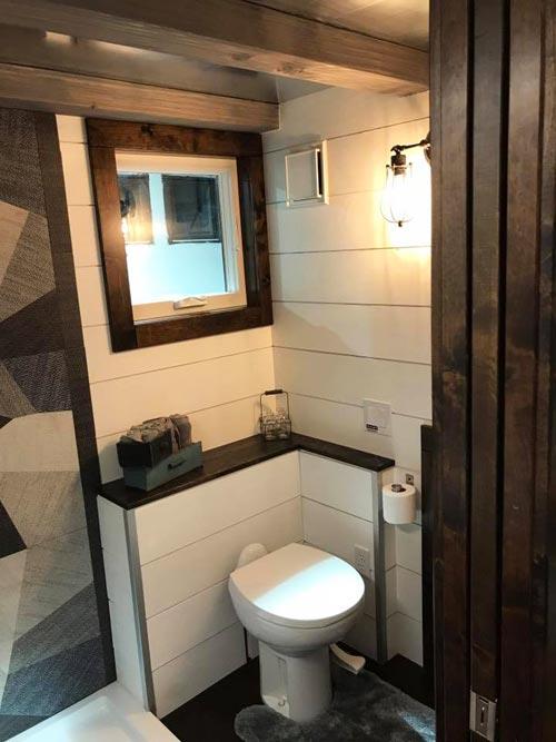 RV Toilet - Empty Nester by Kamtz Tiny Home Company