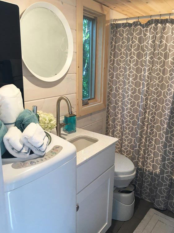 Bathroom - Ever Growing Tiny House