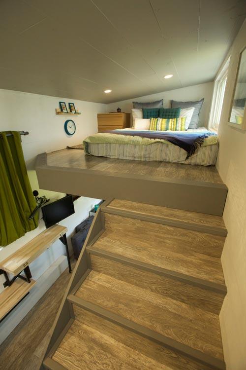 Bedroom Loft - Modern Tiny Smart Home