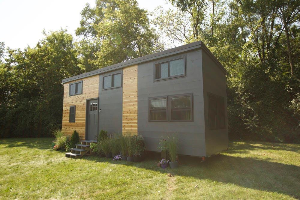 Exterior - Modern Tiny Smart Home
