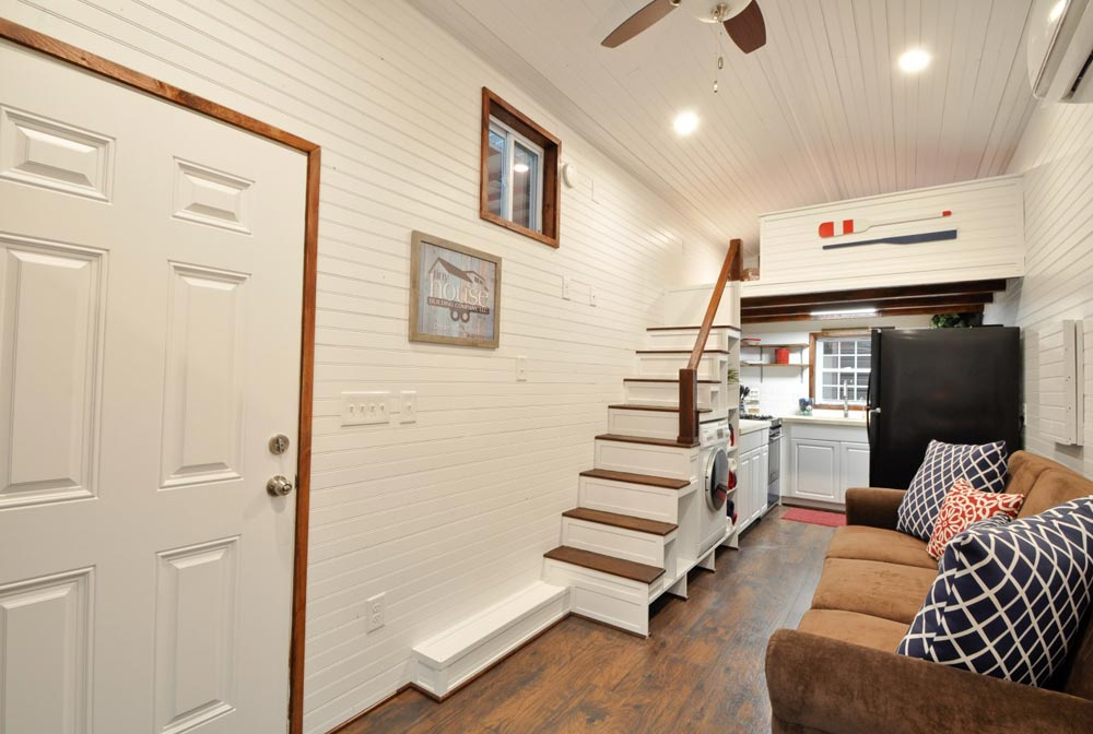 Entryway - Patriot by Tiny House Building Company