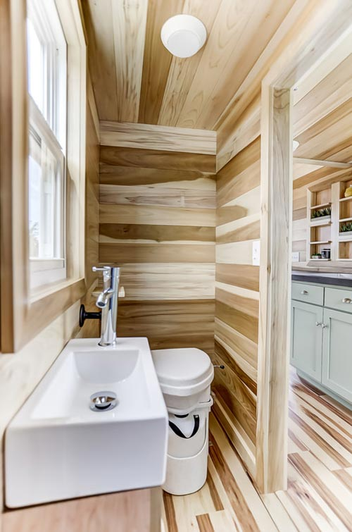 Bathroom - Point by Modern Tiny Living