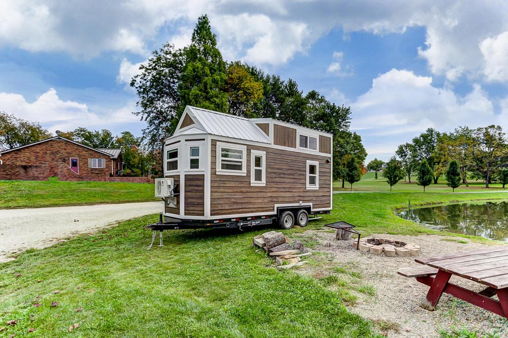 20' Tiny House - Point by Modern Tiny Living