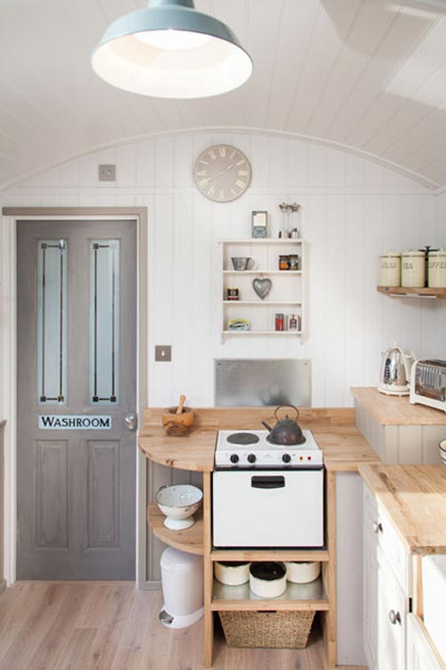 Electric Stove - The Shepherds Hut Retreat
