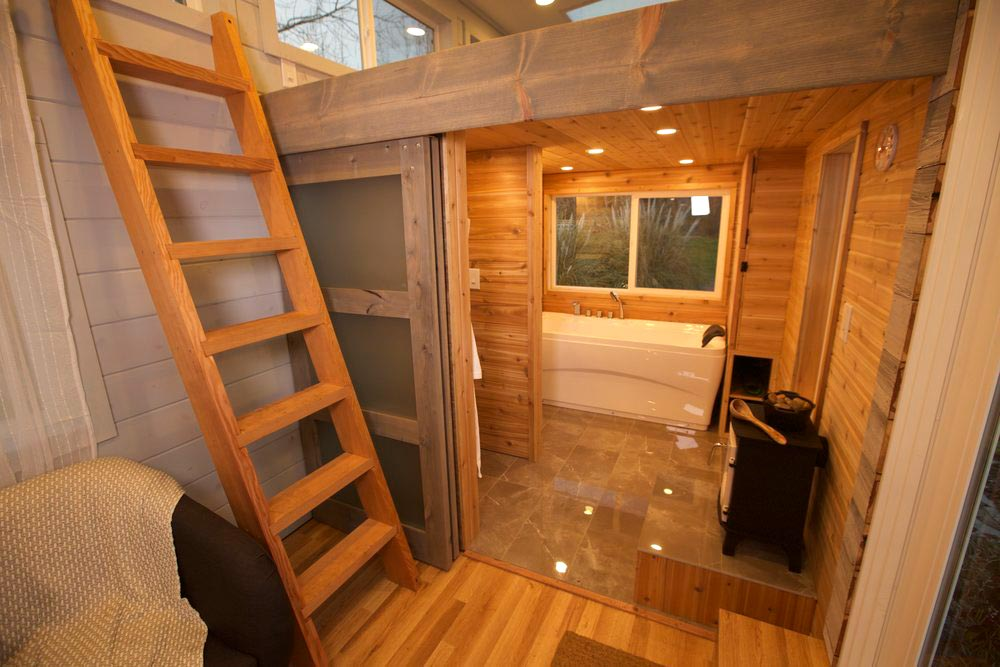 Sauna Bathroom - Tiny Tech-Free Retreat
