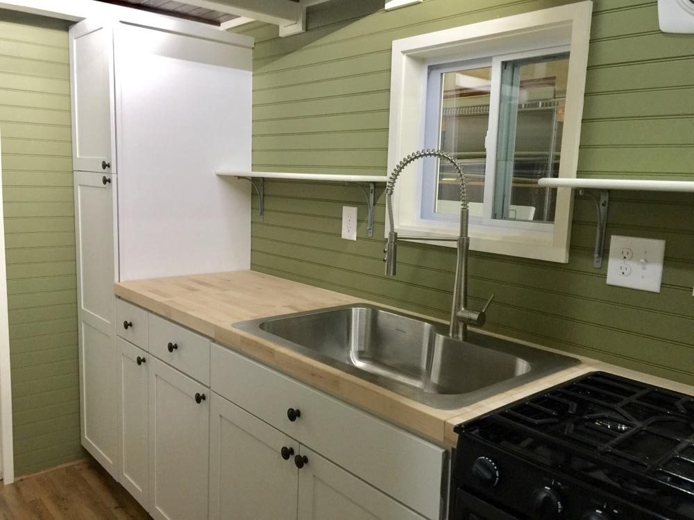 Single Bowl Sink - Willow by Tiny House Building Company