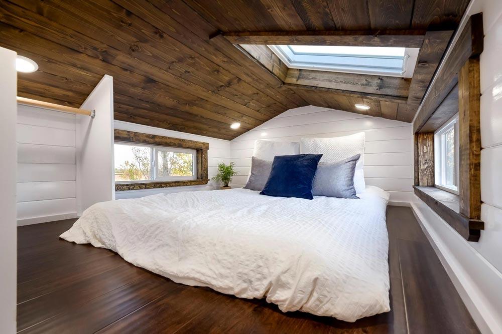 Bedroom Loft - 26 'Napa Edition by Mint Tiny Homes
