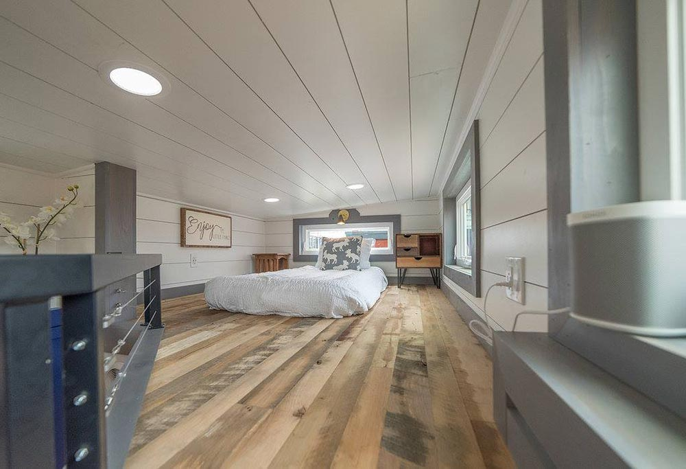 Guest Loft - Henderson by Movable Roots