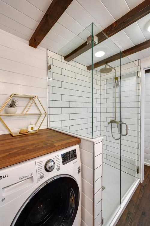 Washer/Dryer Combo - Custom 34' Loft Edition by Mint Tiny Homes