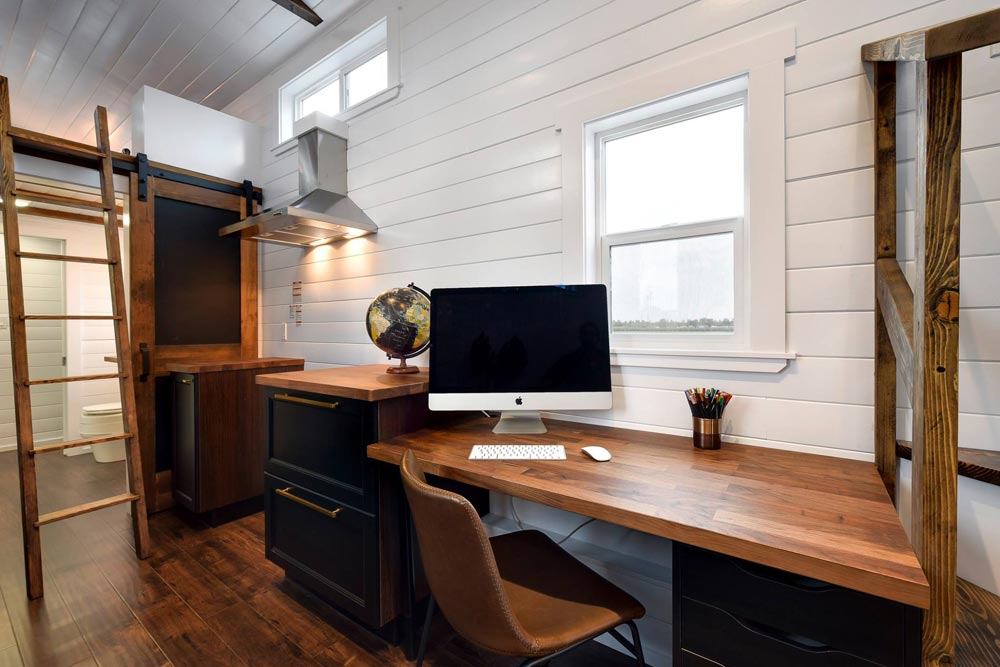 Desk - Custom 34' Loft Edition by Mint Tiny Homes