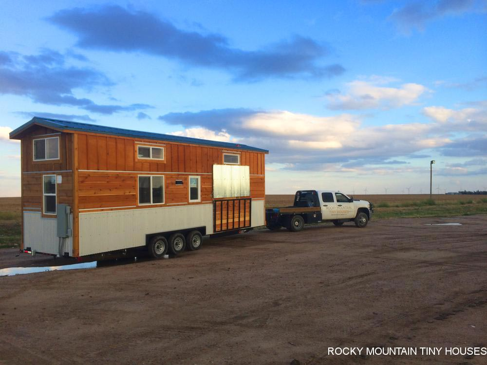 30' Tiny House - La Luna Llena by Rocky Mountain Tiny Houses
