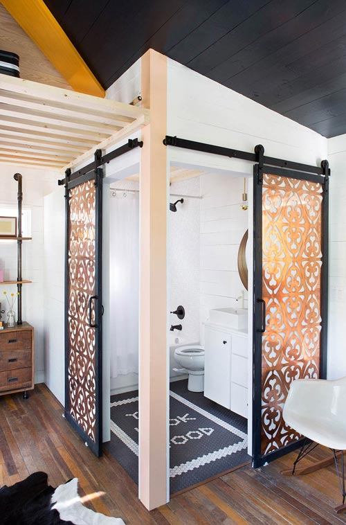 Bathroom - Mid-Century Marfa by Kim Lewis