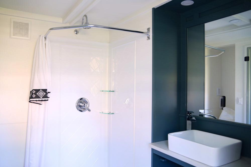 Bathroom - Pacific Harmony by Handcrafted Movement