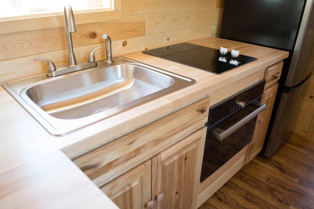 Sink & Cooktop - Traditional Craftsman by Tiny Treasure Homes