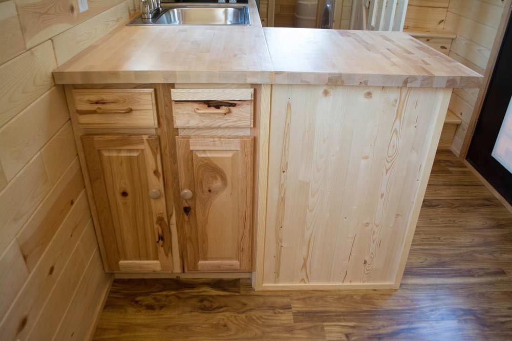 Cabinets - Traditional Craftsman by Tiny Treasure Homes