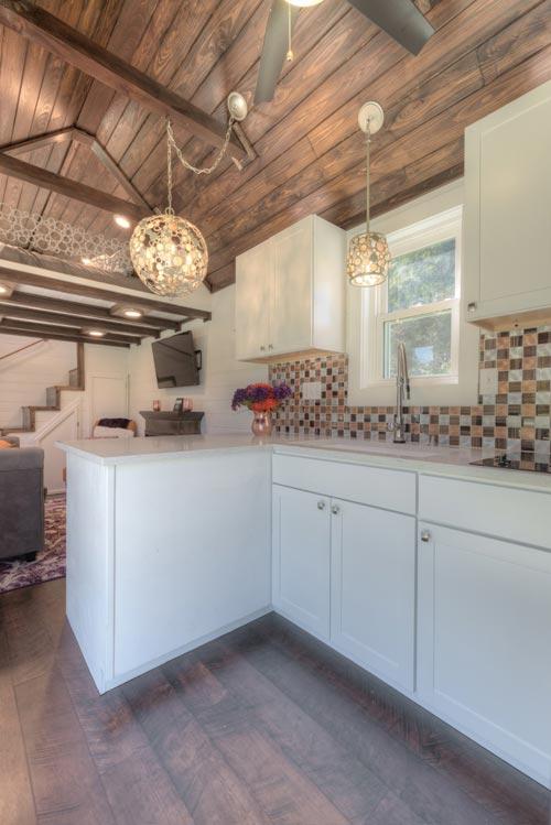 White Cabinets - Trinity v2 by Alabama Tiny Homes