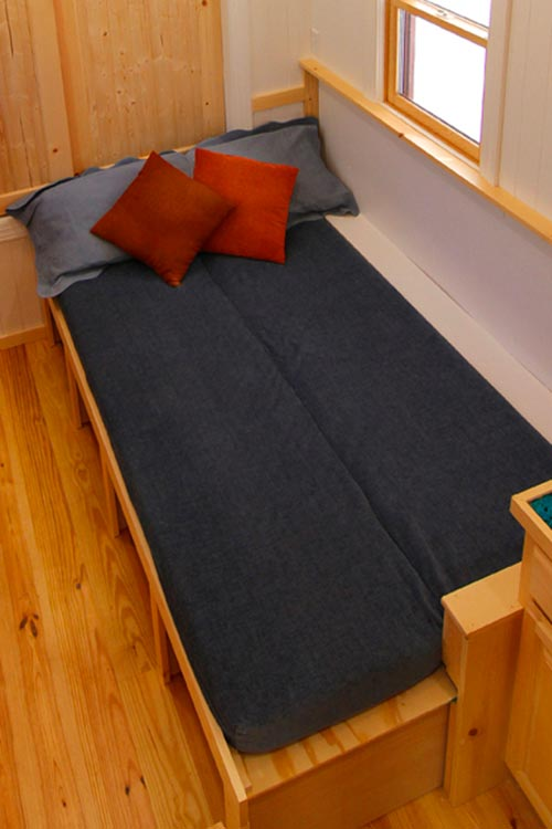 Guest Bed - Blue Belle by Bear's Tiny Homes