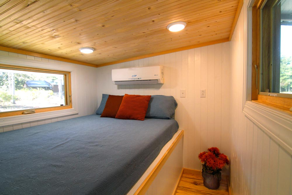 Extra Tall Bedroom - Blue Belle by Bear's Tiny Homes