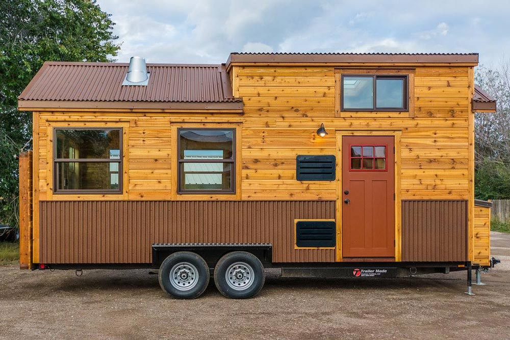 Davis' Off-Grid Tiny House by Mitchcraft Tiny Homes