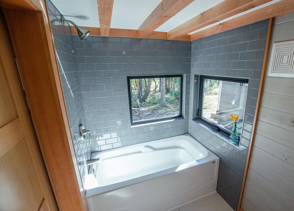 Bathroom Windows - Kestrel by Rewild Homes