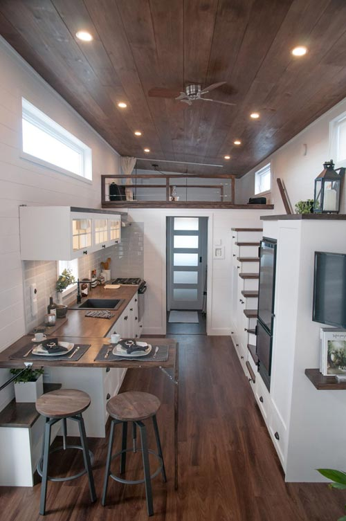 10' Wide Tiny House - Laurier by Minimaliste