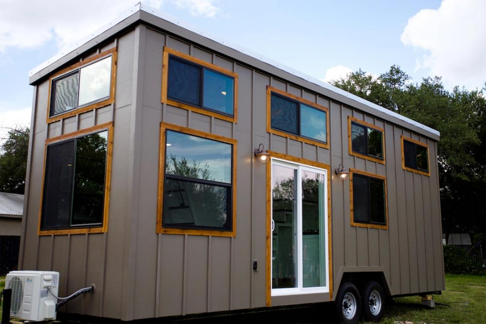 Texas Waterfront By Nomad Tiny Homes - Tiny Living
