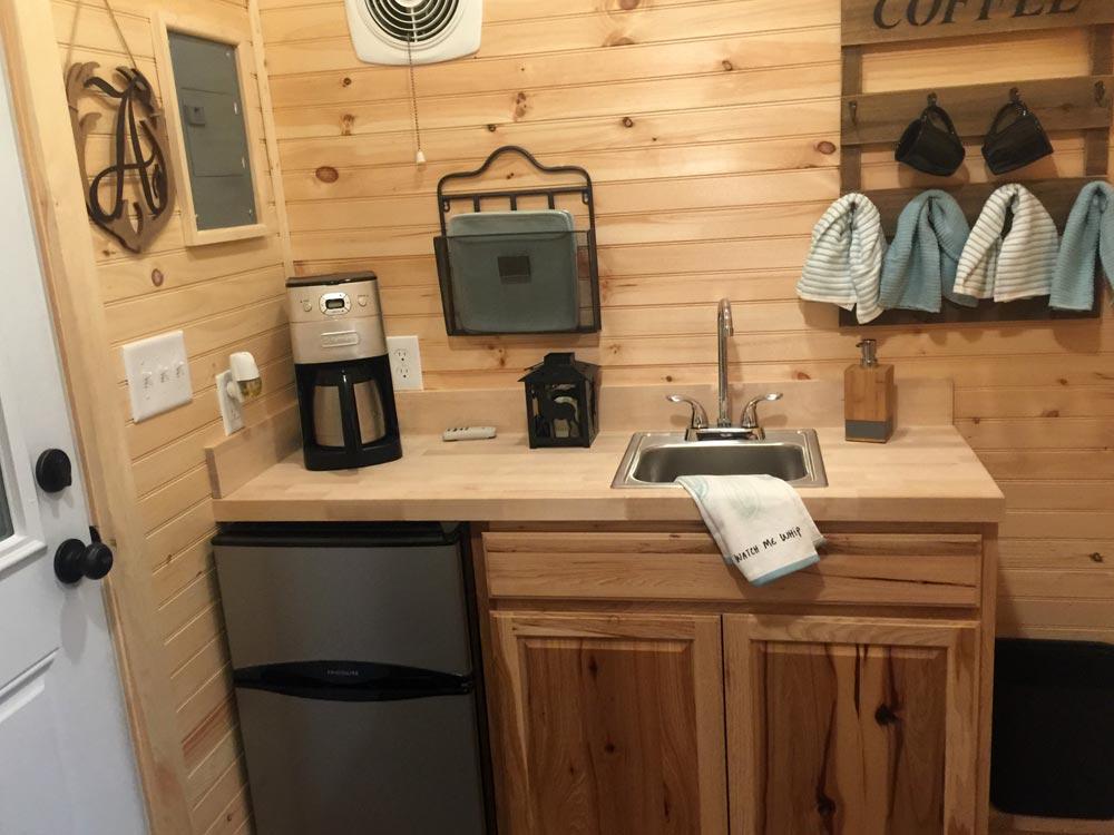Kitchen - Alpine by Tiny House Building Company