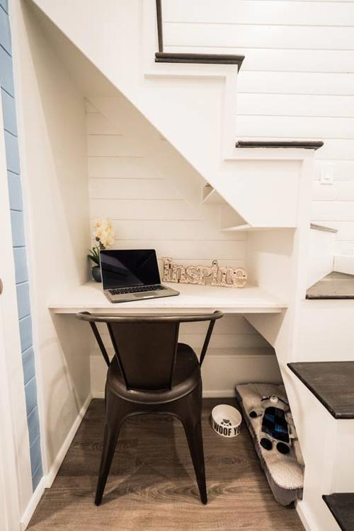 Office Workspace - Hekkert Hideaway by Free2Roam Tiny Homes
