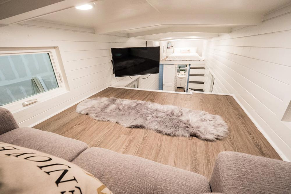 Swivel TV - Hekkert Hideaway by Free2Roam Tiny Homes
