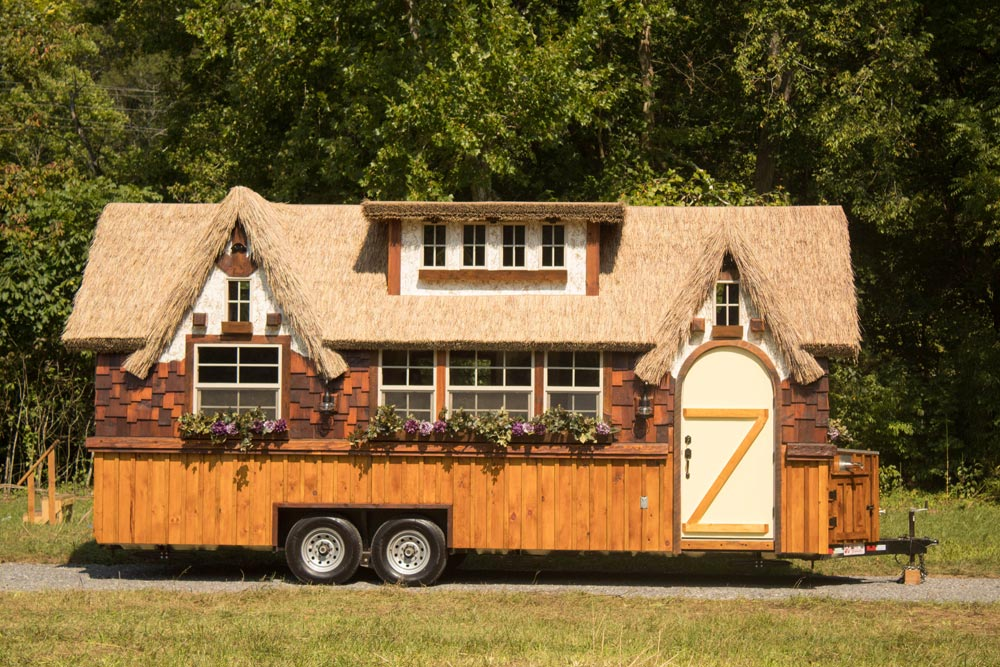 Thatch Roof House - Highland by Incredible Tiny Homes