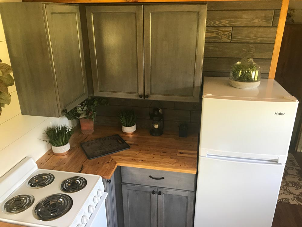 Upper Cabinets - Highland by Incredible Tiny Homes