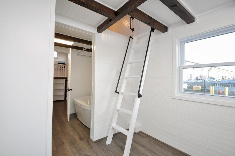 Loft Ladder - Jefferson by Tiny House Building Company
