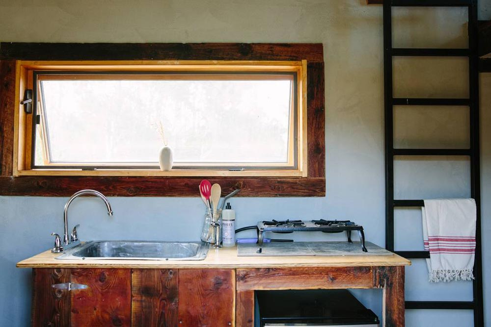 Kitchenette - Stockman Tiny House