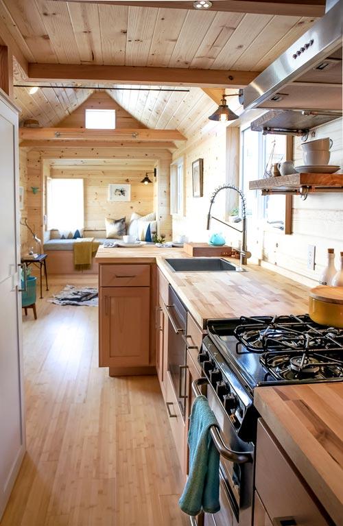 Galley Kitchen - Kootenay Urban by TruForm Tiny