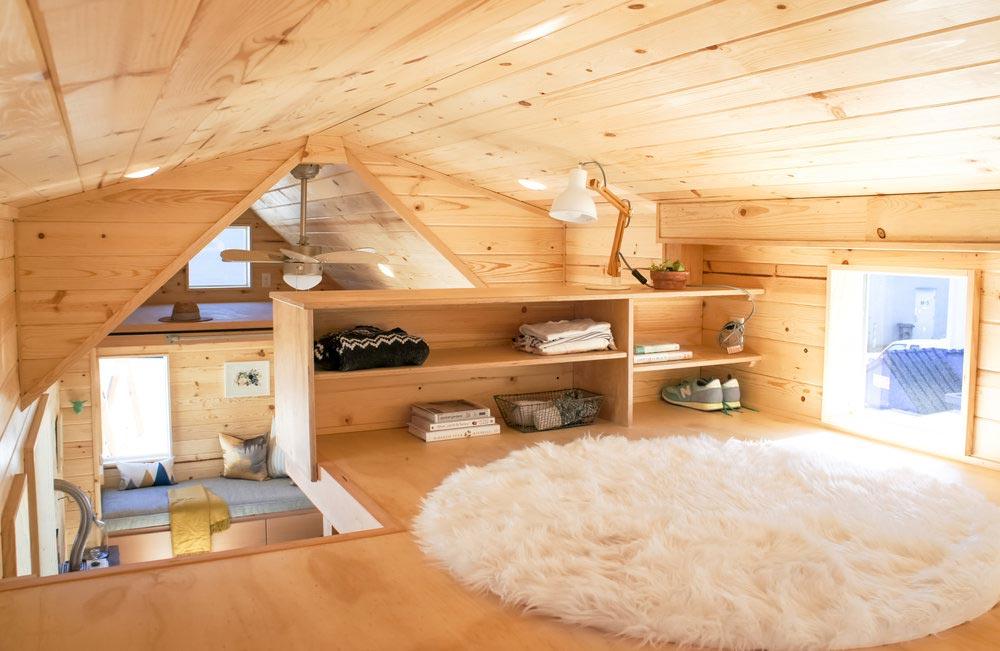 Guest Loft - Kootenay Urban by TruForm Tiny