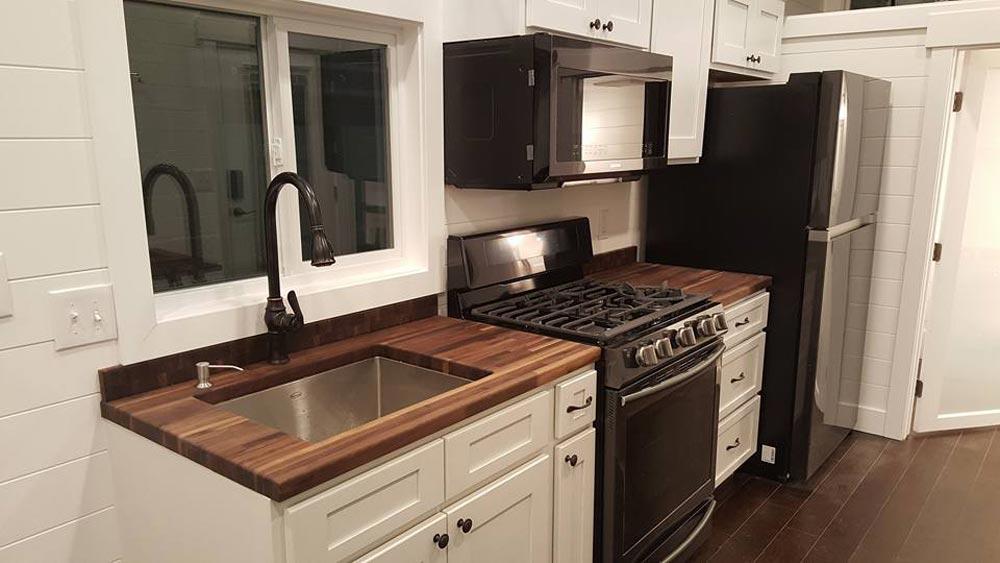 Kitchen - Ventana by Alpine Tiny Homes