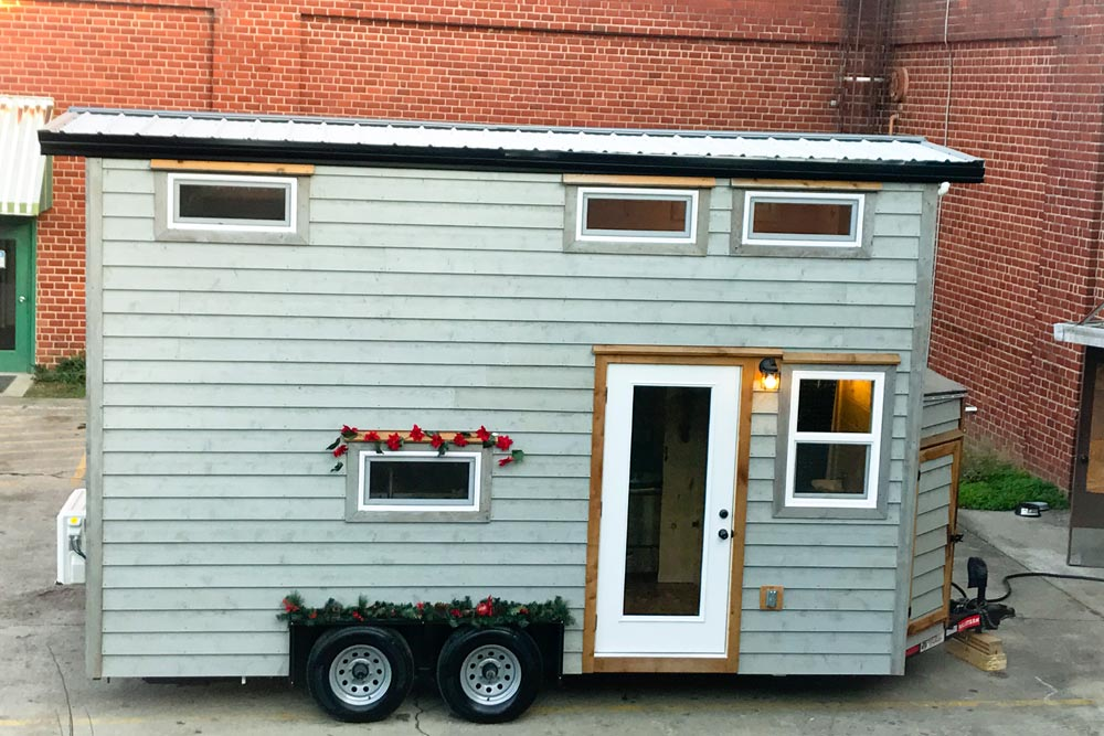 Winter Haven by Incredible Tiny Homes