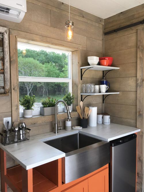 Kitchenette - Workshop & Golf Tees by Backcountry Containers
