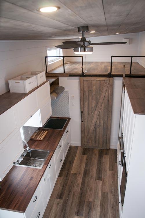 Kitchen - Ebene by Minimaliste