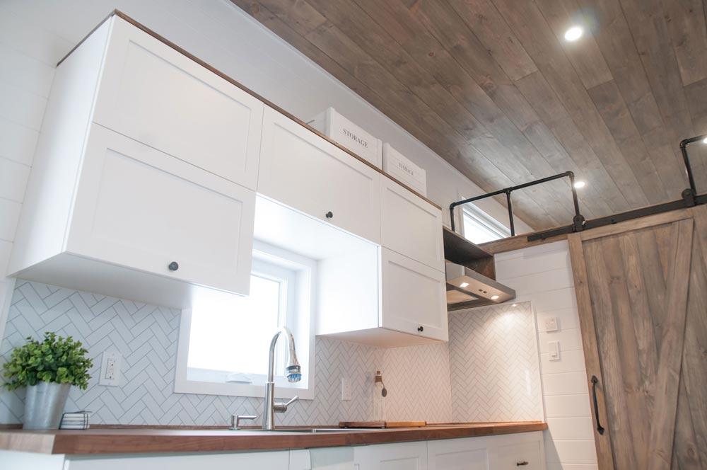 Custom Cabinetry - Ebene by Minimaliste