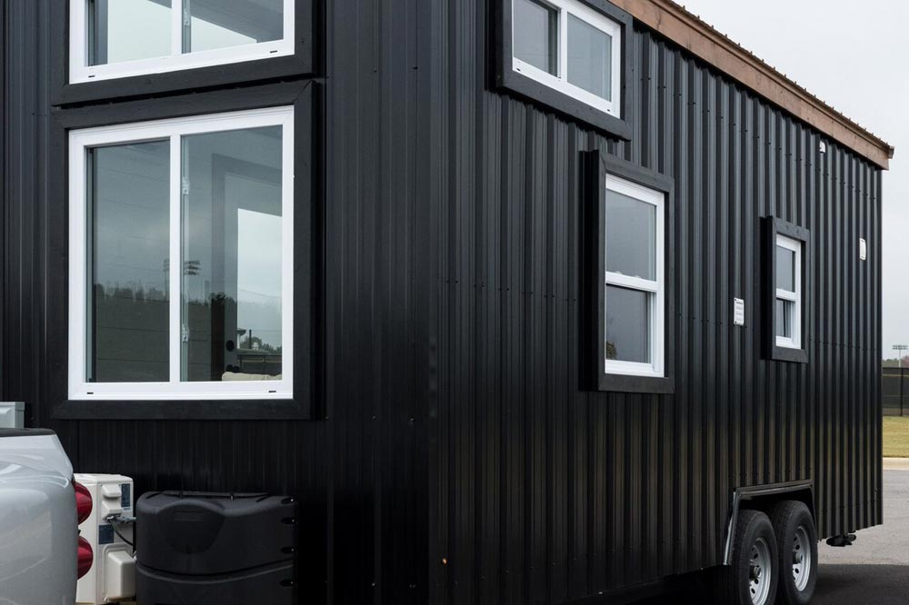 Black Siding - Fernweh by Harmony Tiny Homes