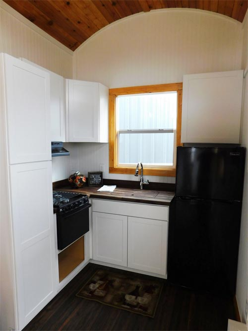 Kitchen - Pioneer by Tiny Idahomes