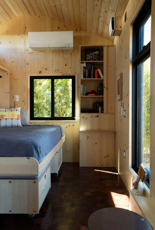 Bed Detail - SaltBox by Extraordinary Structures