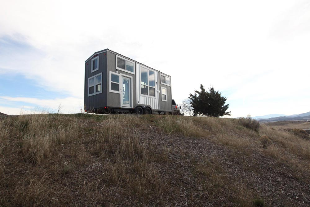 22-Foot Tiny House - Chinook Peak by Tiny Mountain Houses