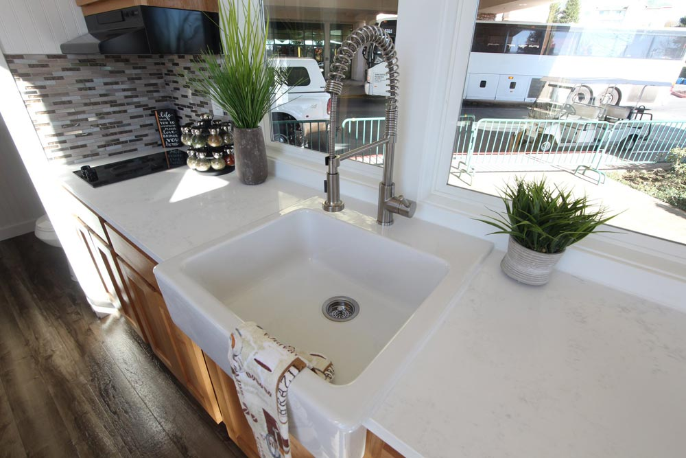 Apron Sink - Chinook Peak by Tiny Mountain Houses