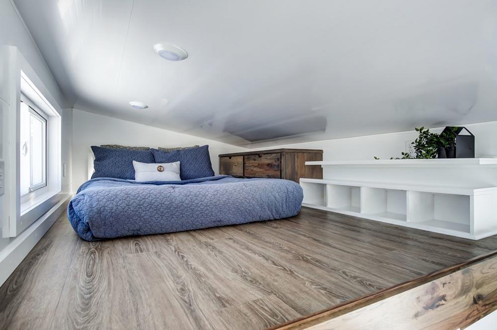 Bedroom Loft - Cocoa by Modern Tiny Living