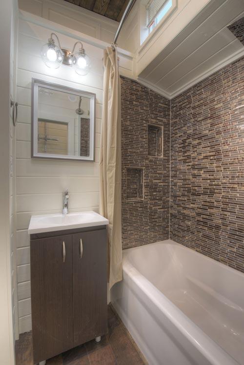 Bathroom - Freedom v2 by Alabama Tiny Homes